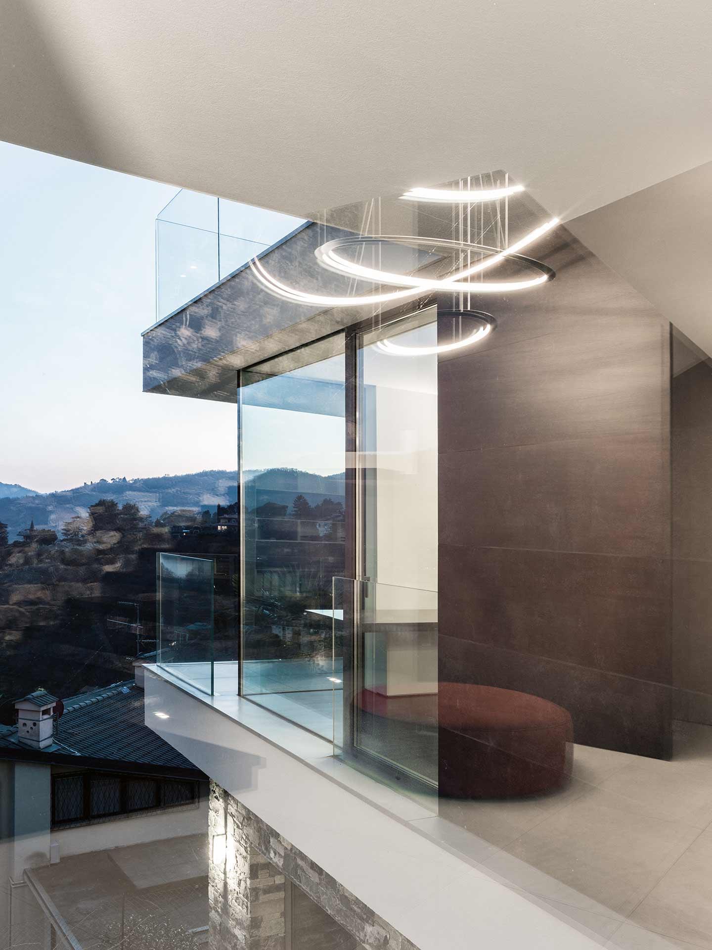 Art Metal: serramenti in residenza unifamiliare a Cernobbio, Como.